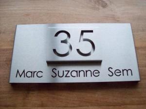 HuisnummerGigant B-02 naambord 2